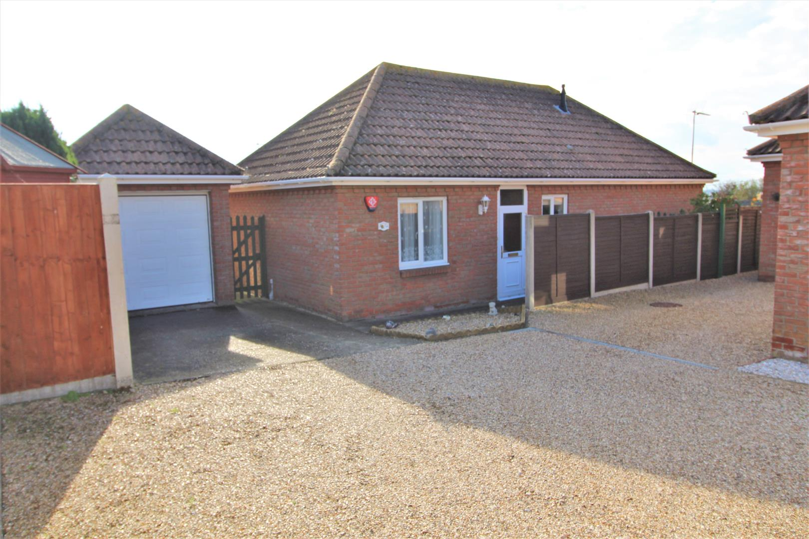 Louise Close, Walton On The Naze, Essex, CO14 8LL